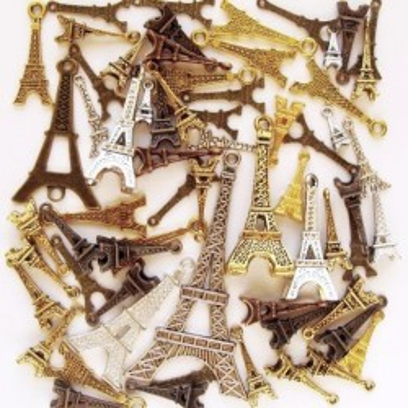 Mix charmuri turnul Eiffel 95g ~75buc